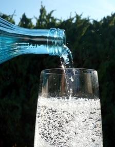 Tipps für einen gesunden Kreislauf: Besonders im Sommer gilt - Viel trinken