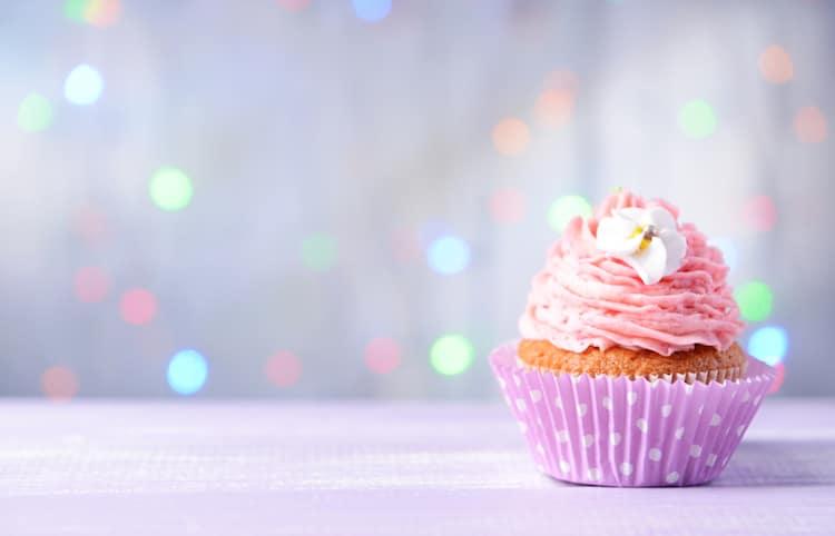 Cupcake gesund backen | © panthermedia.net /belchonock