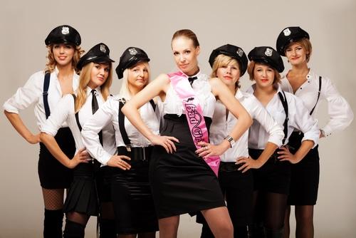 Junggesellinnenabschied als Stewardessen