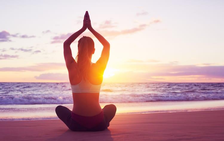 Yoga Strand | © panthermedia.net / EpicStockMedia