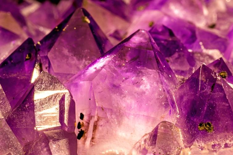 Heilsteine Kristalle | © panthermedia.net /jochenschneider