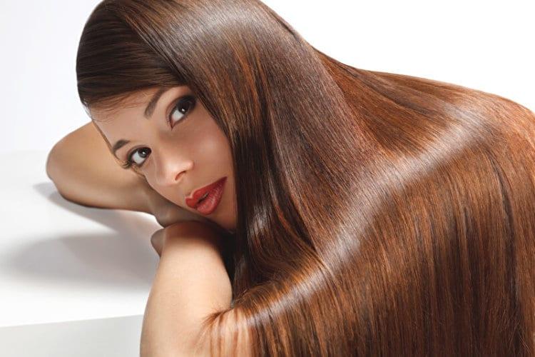 Frau mit langen Haaren | © panthermedia.net /puhhha